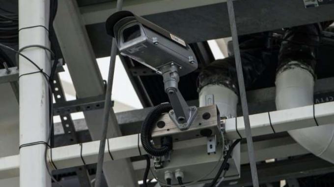 FALLAS FRANCESAS PONEN LA TECNOLOGÍA BAJO REVISIÓN